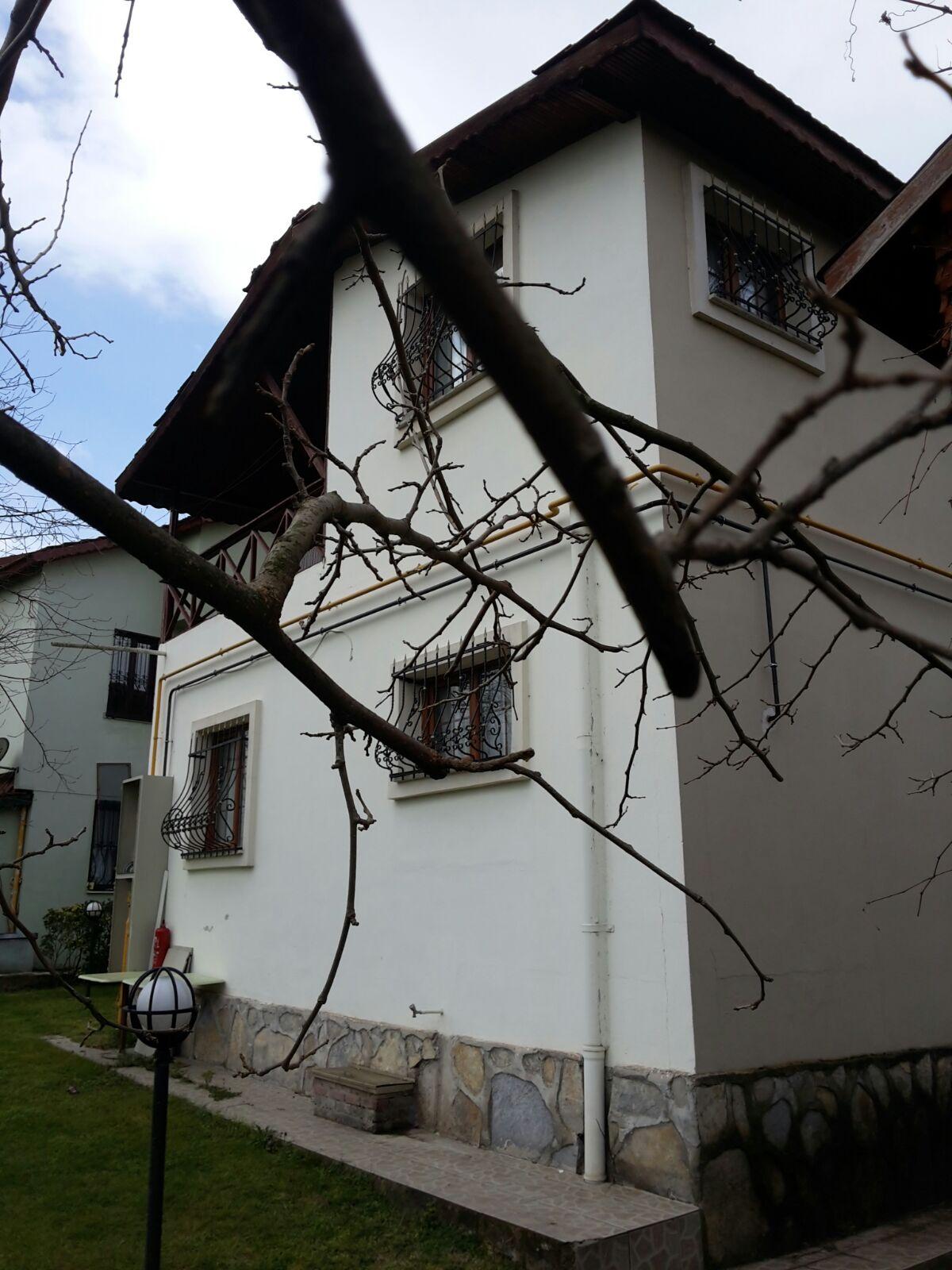 Sakarya sapancada site içinde satılık tribleks villa